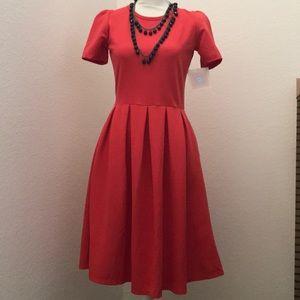 NWT Medium LulaRoe Amelia Dress